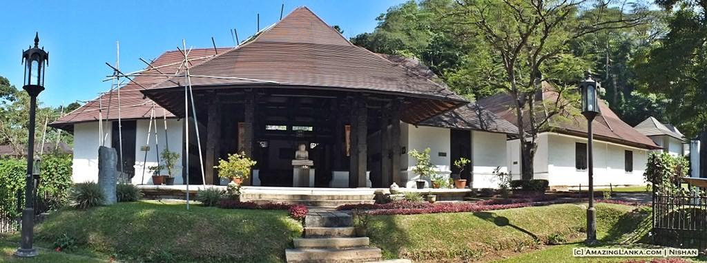 Ran Avuda Mandapaya of Kandyan Kingdom