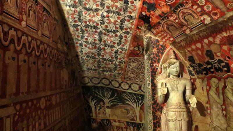 Inside the smaller Image House at Budugehinna Rajamaha Viharaya
