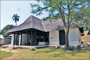 The renovated Ran Avuda Mandapa