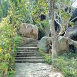 Karathana Gal Len Viharaya