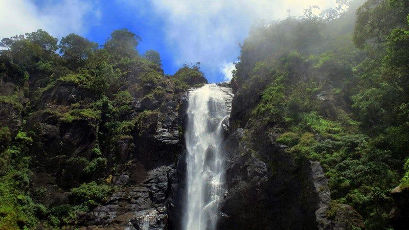 Galagama Ella Falls