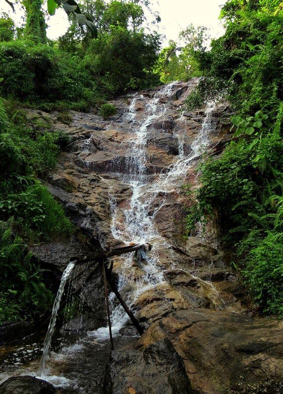 Malalpola Ella Falls
