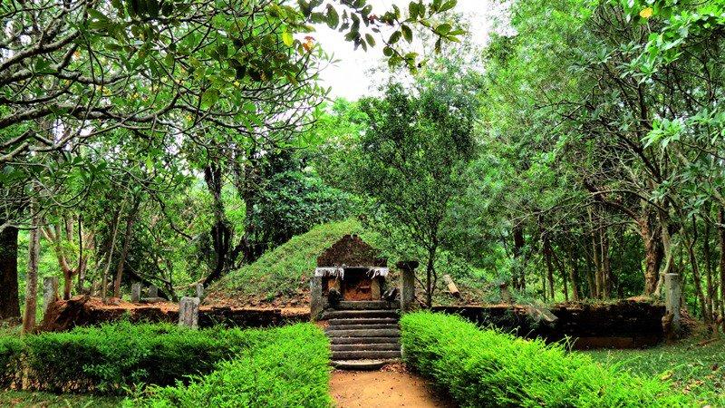 Ancient Stupa of Ritigahawatta Kadala Rajamaha Viharaya