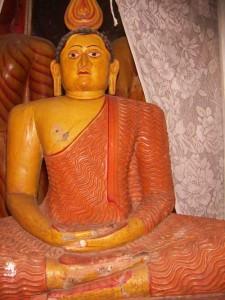 The recovered wooden Buddha statue at Ganegama Aramunapola Rajamaha Viharaya