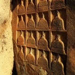The unique engraving of stupas not found anywhere else at Samudragiri Pichchamal Viharaya at Kuchchaveli