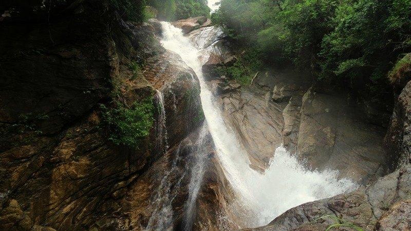Perumal Ella Falls