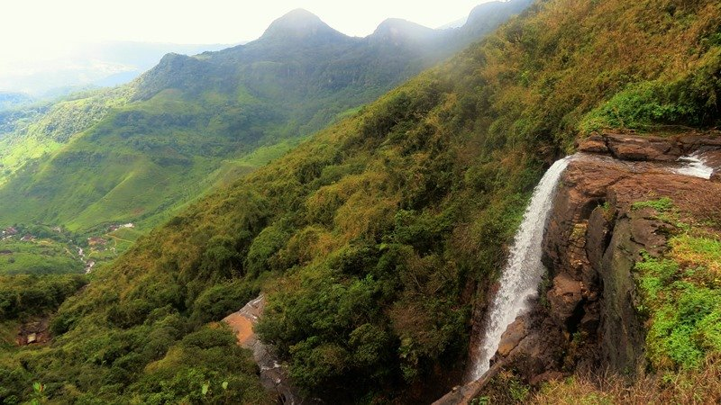 From the top of Kota Ganga Ella Falls