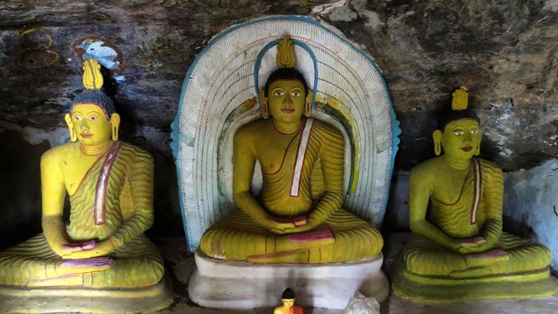 Inside the ancient image house at Awariyapathaha Rajamaha Viharaya