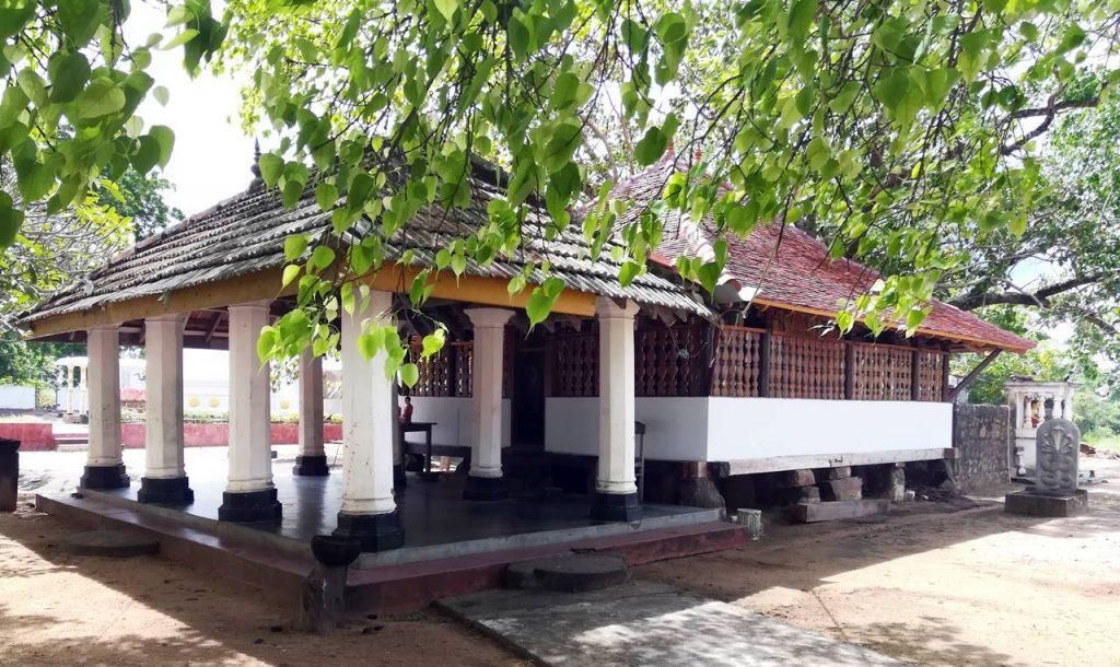 Udubaddawa Shilapokkarani Purana Tampita Viharaya