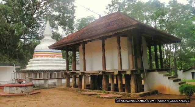 Nawinna Purana Tampita Viharaya