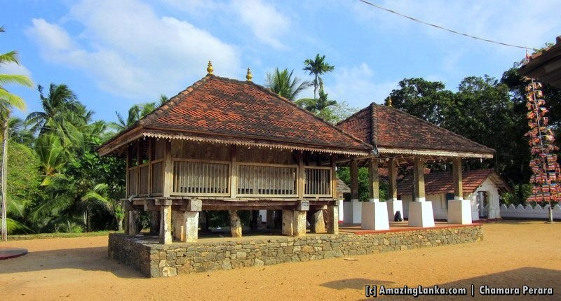 The Tampita Viharaya of the Dandagamuwa Sri Sudharmarama Purana Viharaya built on 16 stone pillars on a gravel filled platform.