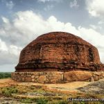 The conserved stupa at the top of the rock in Murukkuwatawana Gallen Rajamaha Viharaya