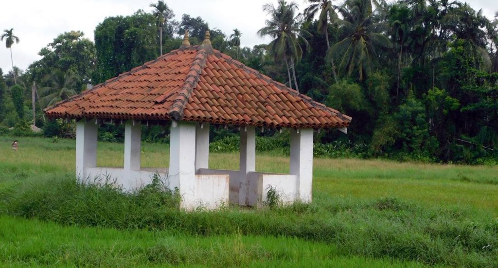 Kossinna Ambalama in Gampaha