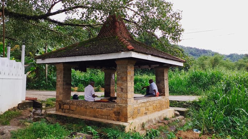 උඩුනුවර දස්කර ගල්කොණ අම්බලම - Udunuwara Daskara Galkona Ambalama