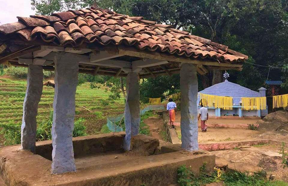 වැලිමඩ අඹගස්දෝව තොටුපල අරාව අම්බලම - Welimada Ambagasdowa Thotupala Arawa Ambalama