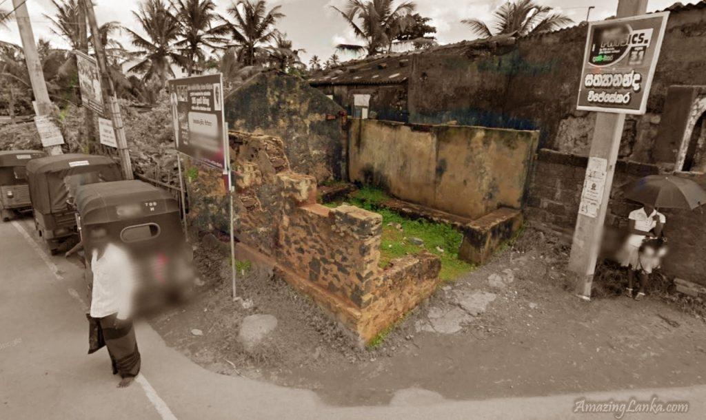 ගරාවැටී ඇති මාතර වැල්ලමඩම ගණදෙවි අම්බලම ණටබුන් - Wellamadama Ganadevi Ambalama Ruins