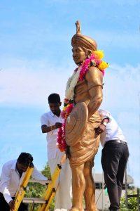 """ශ්රී ලංකාවේ අවසාන වන්නි පාලකයා """"වන්නි බණ්ඩාර"""" පරාජයවූ ස්ථානයේ සමරු පලකය - Vanni Bandara Memorial Plaque in Oddusuddan"""