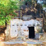 වැලිඔය කිරිඉබ්බන්වැව පන්සල්ගොඩැල්ල දෙමහල් ලෙණ – Walioya Kiriibbanwewa Pansalgodella Archaeological Ruins