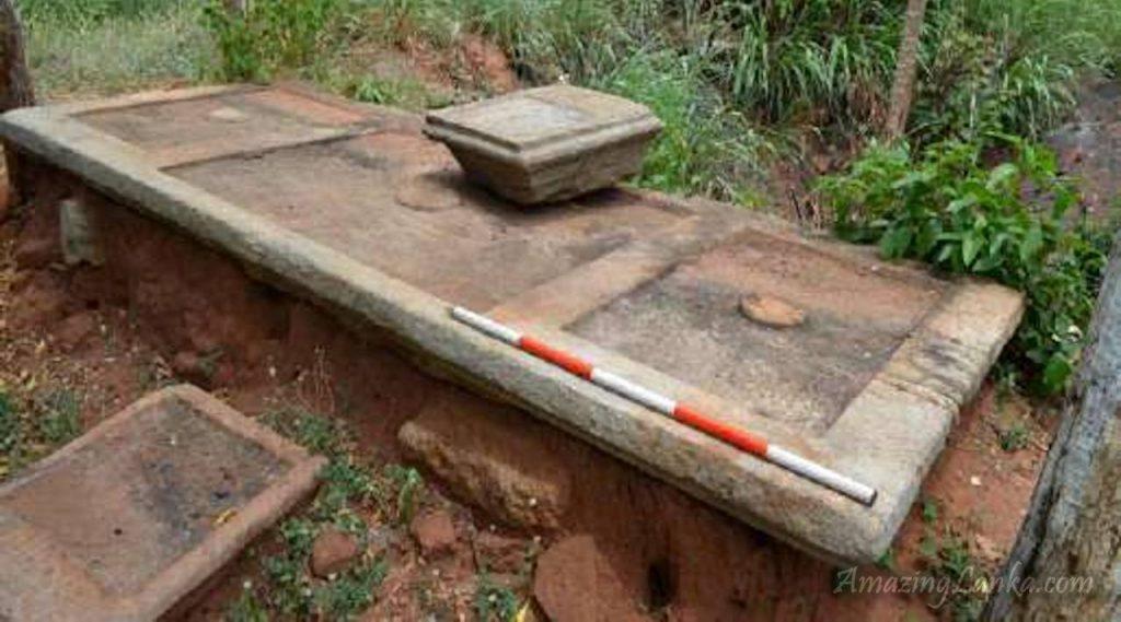 කිවුල් ඔය ජලාශ ව්යාපෘතියෙන් මතුවුණු  වැලිඔය නිකවැව ප්රදේශයේ පුරාවිද්යා ස්ථාන  -  Archaeological  Ruins in Welioya Nikawewa Area